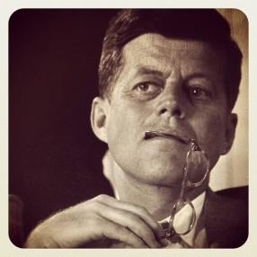 JFK - Foto inédita publicada en 2013 - (cortesía nationalgeographic.com)