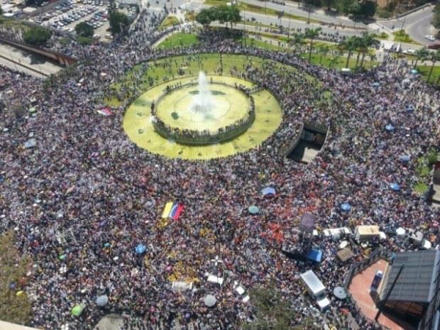 marcha-plaza-venezuela